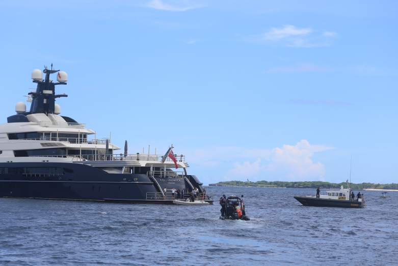 Equanimity yacht Low