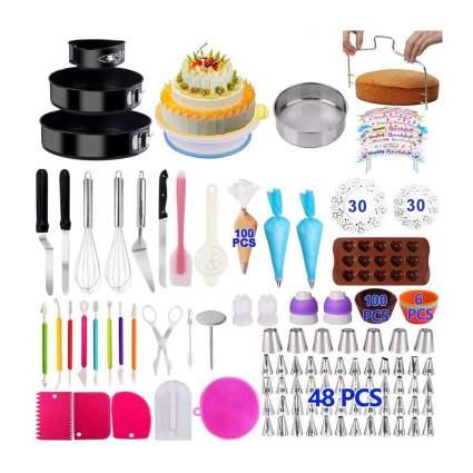 Cake baking and decorating set