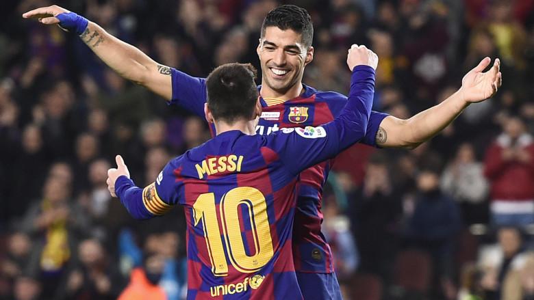 Luis Suarez and Lionel Messi(2)