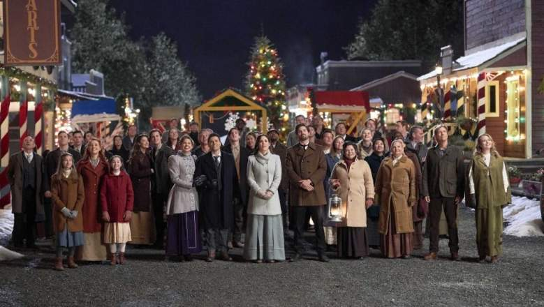 Wcth Christmas Special 2020 Will 'When Calls the Heart' Have a 2020 Christmas Movie?   Heavy.com