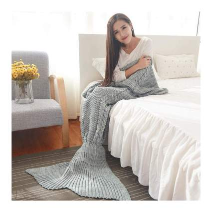 grey cable knit mermaid tail blanket