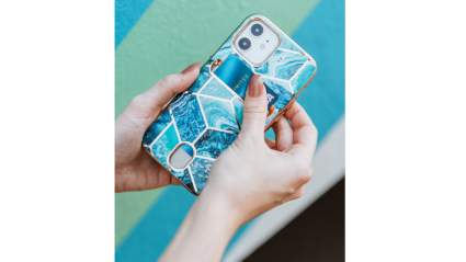 i-Blason iphone case