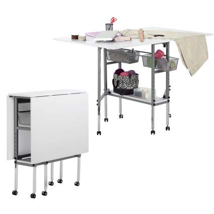 Folding crafting table