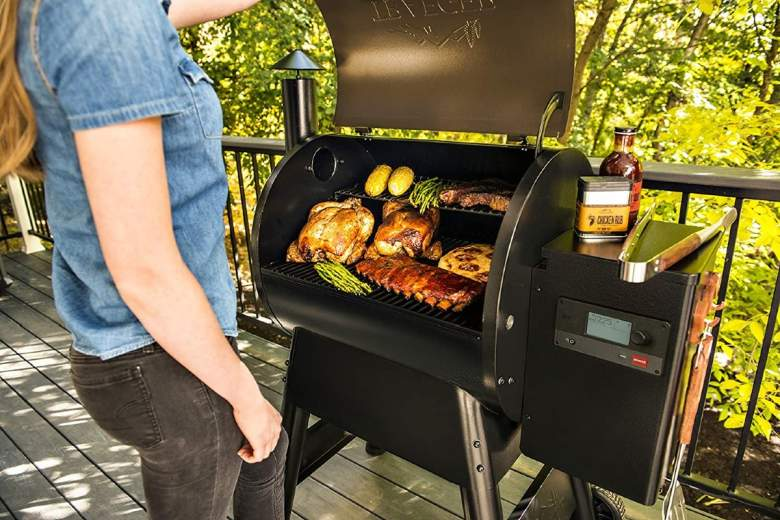 Save $100 on Traeger Pro Series 575 Grill