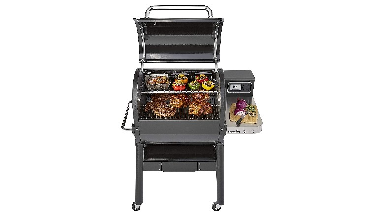 Save $200 on Weber SmokeFire EX4 Grill