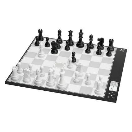 DGT Chess Computer: The Centaur Digital Electronic Chess Set