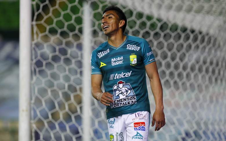 Pumas vs Leon watch