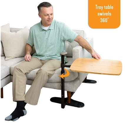 swiveling tray table