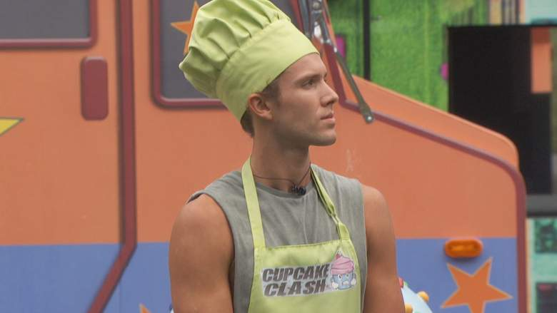 Tyler Crispen is auctioning off his Cupcake Clash apron and hat