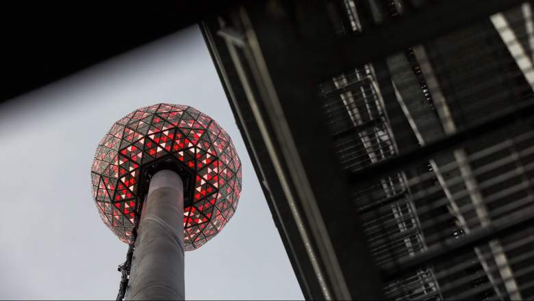 How to watch the ball drop online for 2020-2021.