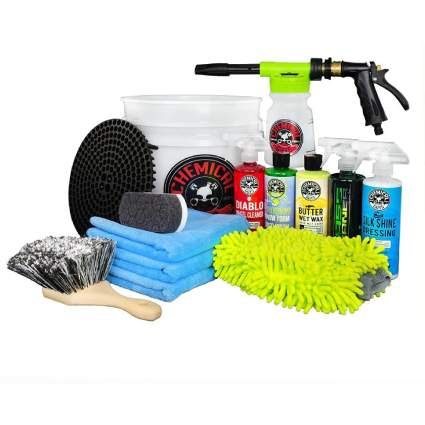 Chemical Guys 14-Piece Arsenal Builder Car Wash Kit