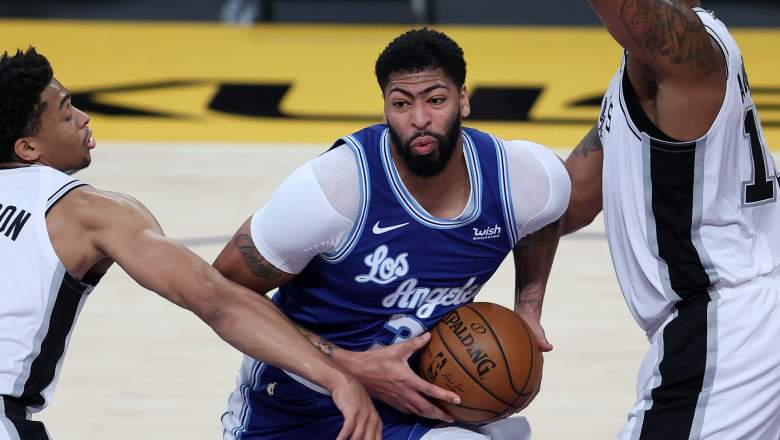 Anthony Davis (middle), Lakers