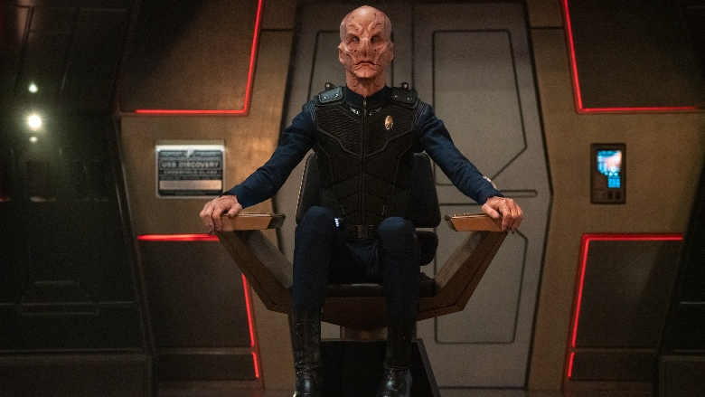 Captain Saru sitting in the captain's chair on Discovery