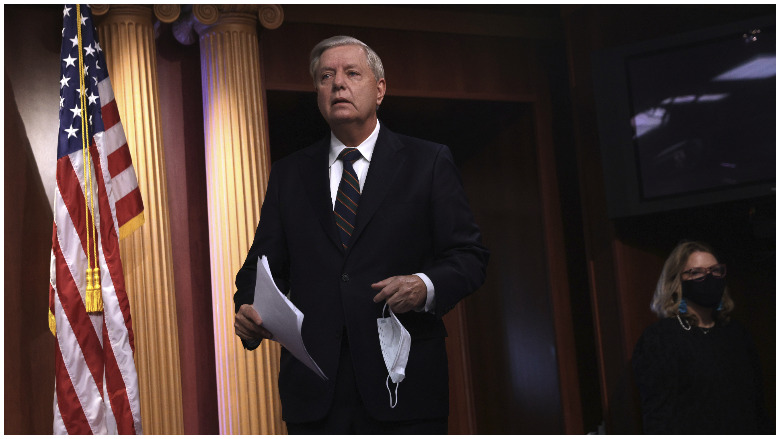 lindsay graham confronted airport