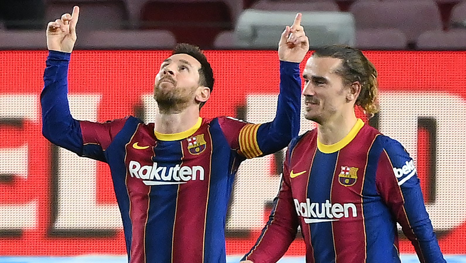Where to Watch Barcelona vs PSG for Free in USA | Heavy.com