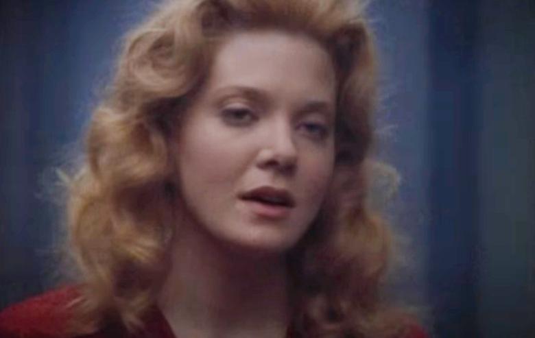 """Jennifer Lien as Kes on """"Star Trek: Voyager"""""""
