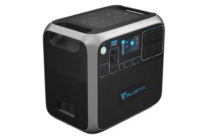 Bluetti AC200P 2000 Watt Solar Generator