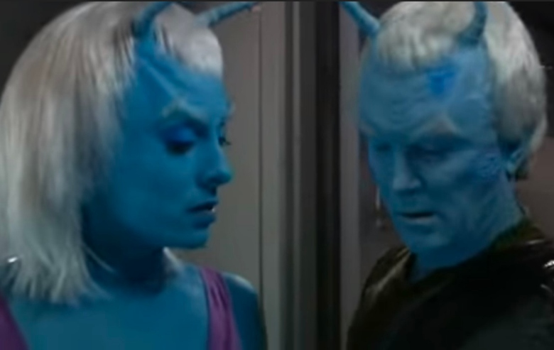 Molly Brink as Talas and Jeffrey Combs as Shran on Star Trek Enterprise
