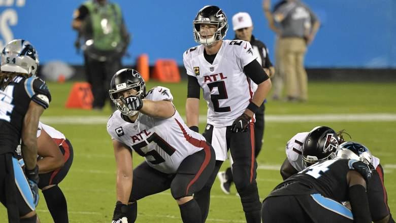 Falcons center Alex Mack