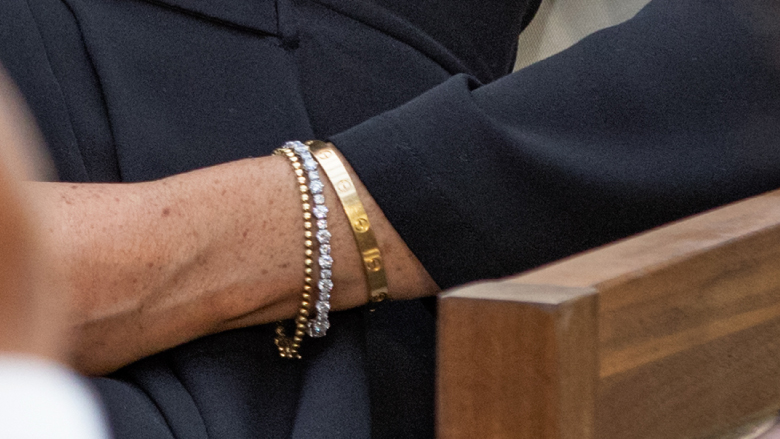 Meghan Markle is wearing Princess Diana's bracelet.