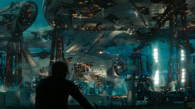A starship under construction in Star Trek (2009).