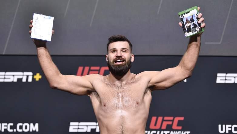 Julian Marquez UFC