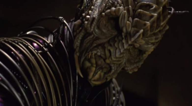 "Jeffrey Dean Morgan in full makeup and prosthetics as a Xindi-Reptilian in ""Star Trek: Enterprise"""