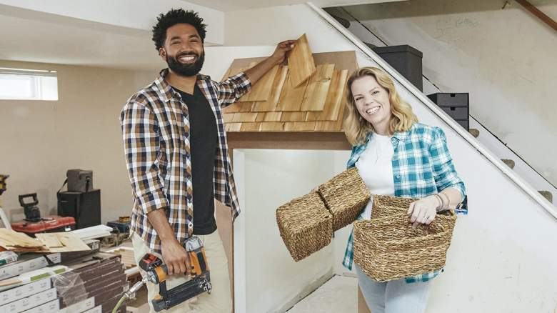 As seen on Hot Mess House, professional organizer Cas Aarseen and her co-host Wendell Holland worked to build a combination home office, play area and entertainment room