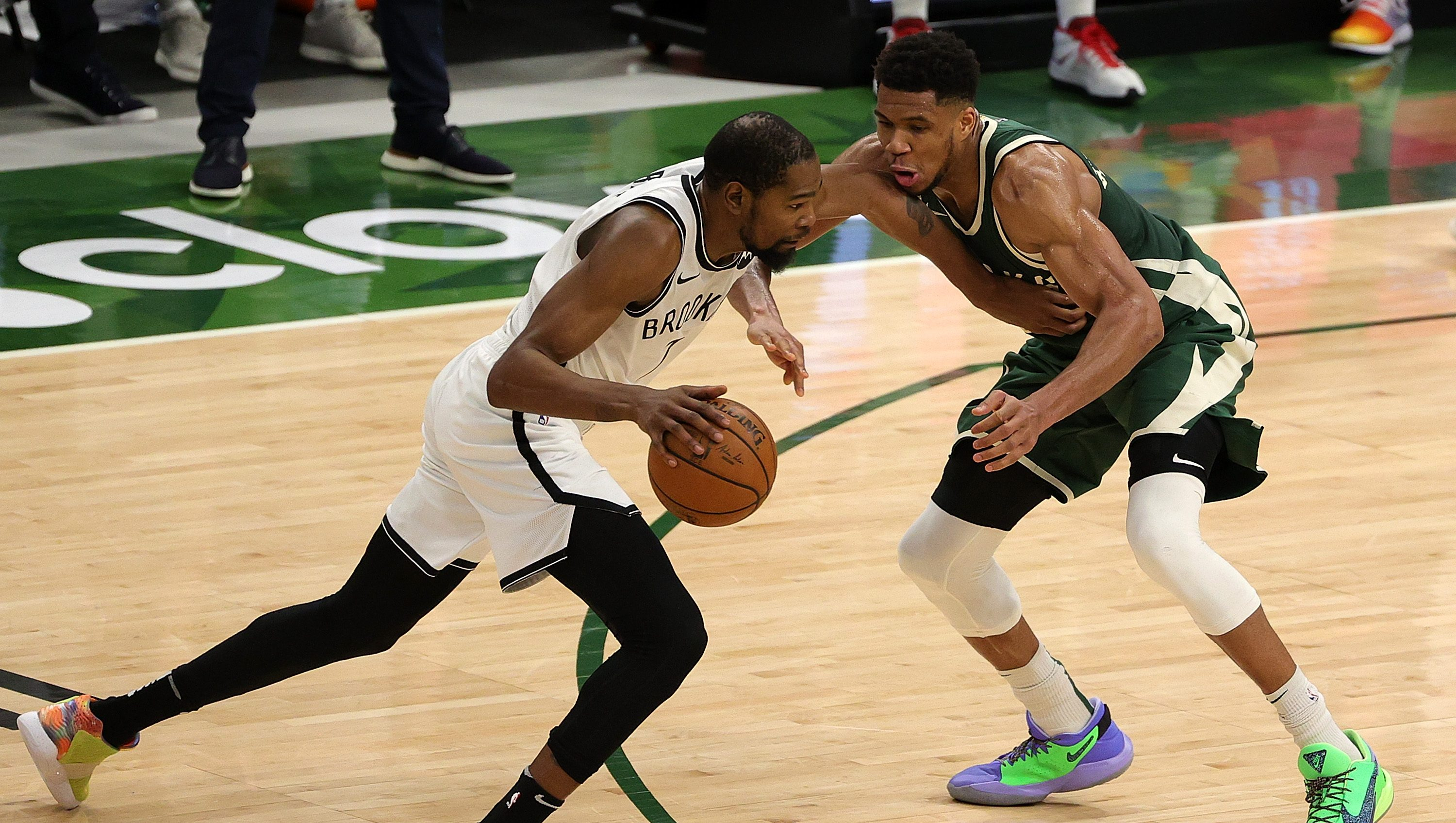 Giannis Antetokounmpo Does the Impossible to Kevin Durant | Heavy.com