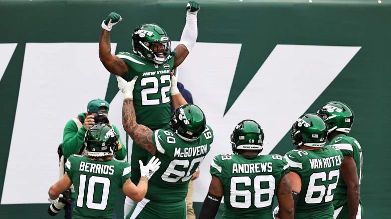 La'Mical Perine Jets touchdown