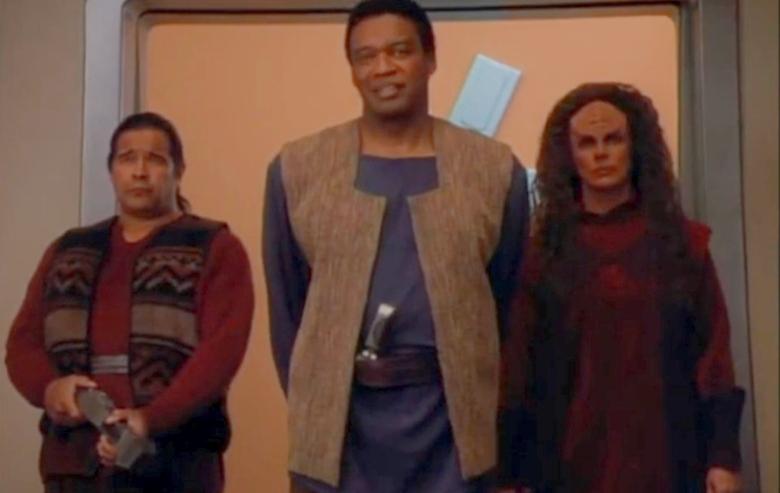 "Screenshot from ""Star Trek: Deep Space Nine"""