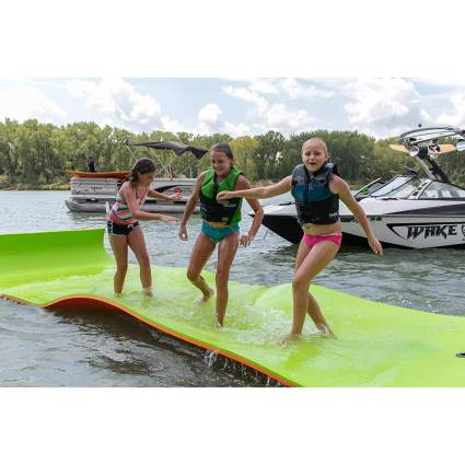 Rubber Dockie 18x6-Feet Floating Water Mat