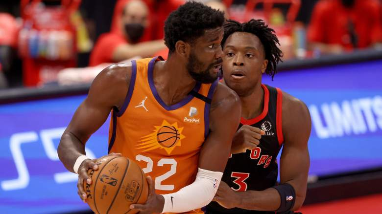 Pascal Siakam, right, and Deandre Ayton of the Suns