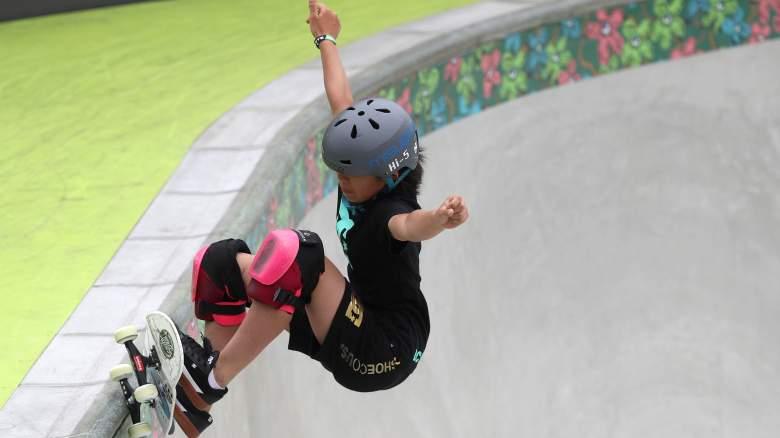 Women's skateboarding park watch