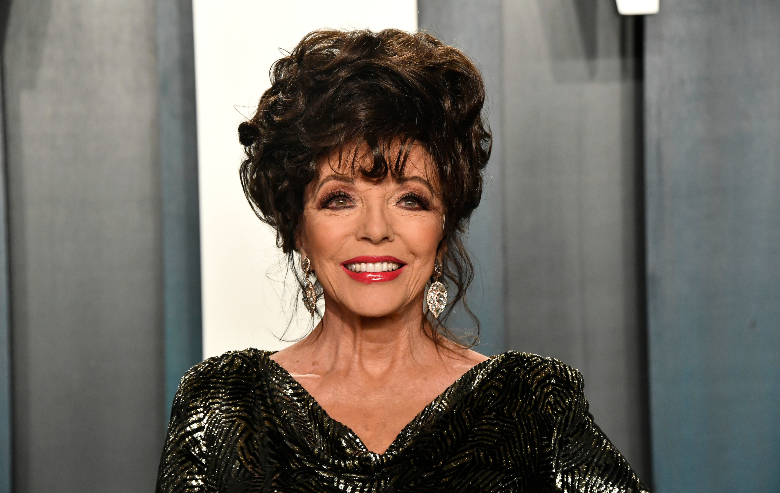Joan Collins attends the 2020 Vanity Fair Oscar Party hosted by Radhika Jones at Wallis Annenberg Center for the Performing Arts on February 09, 2020 in Beverly Hills, California.