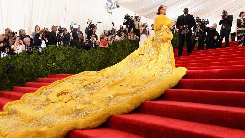 Rihanna attends the 2015 Met Gala.