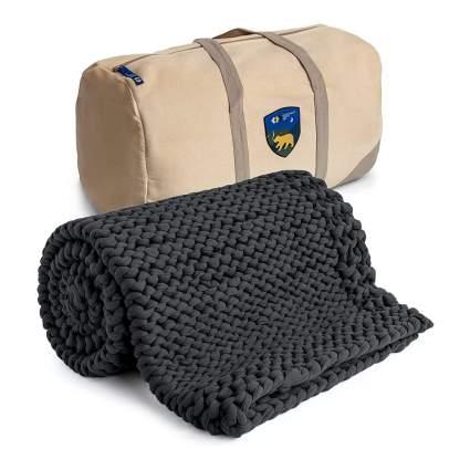 dark grey chunky knit blanket