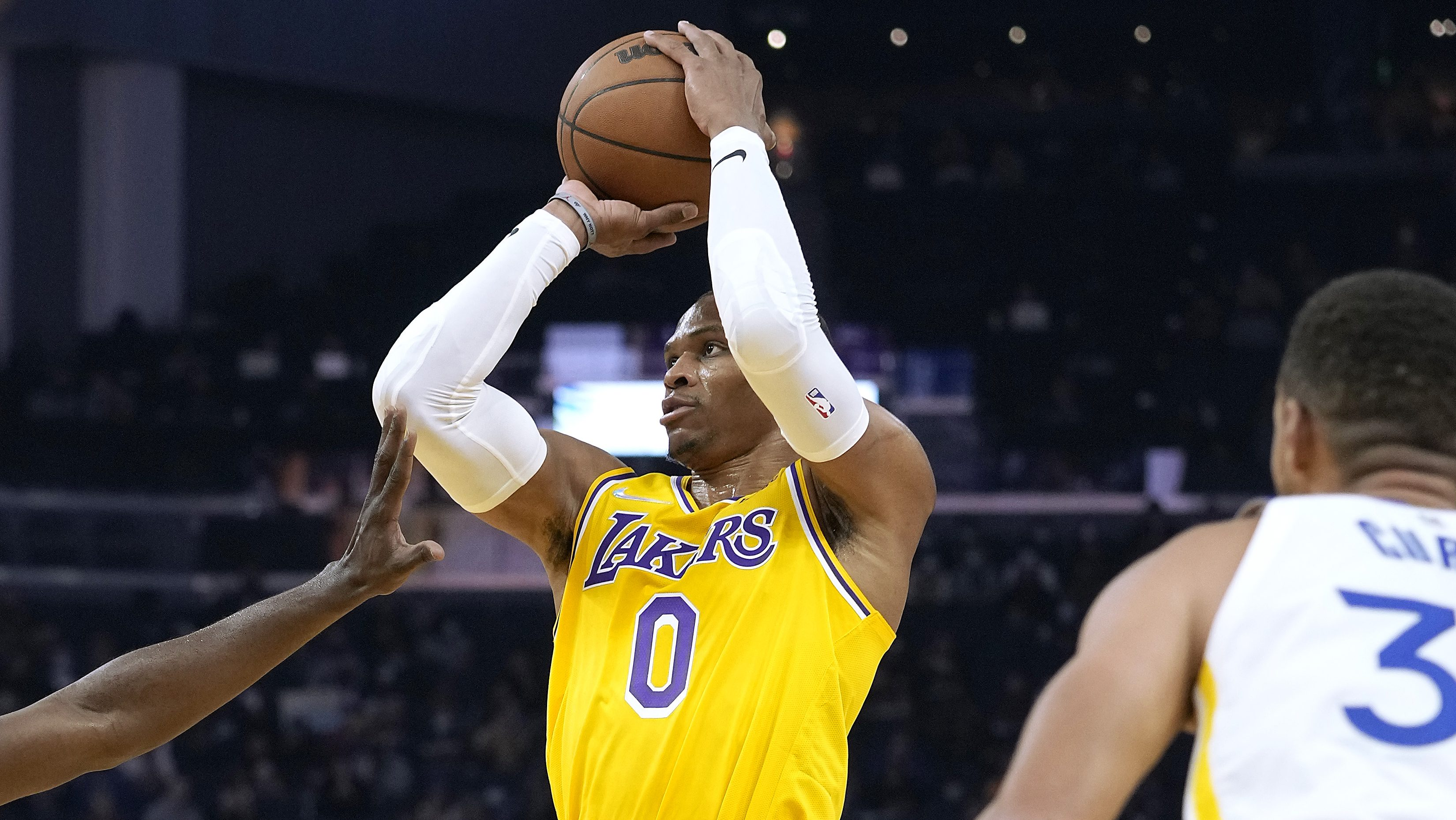 Westbrook Emphatically Defends 0-6 Lakers: 'That Answers Your Question'