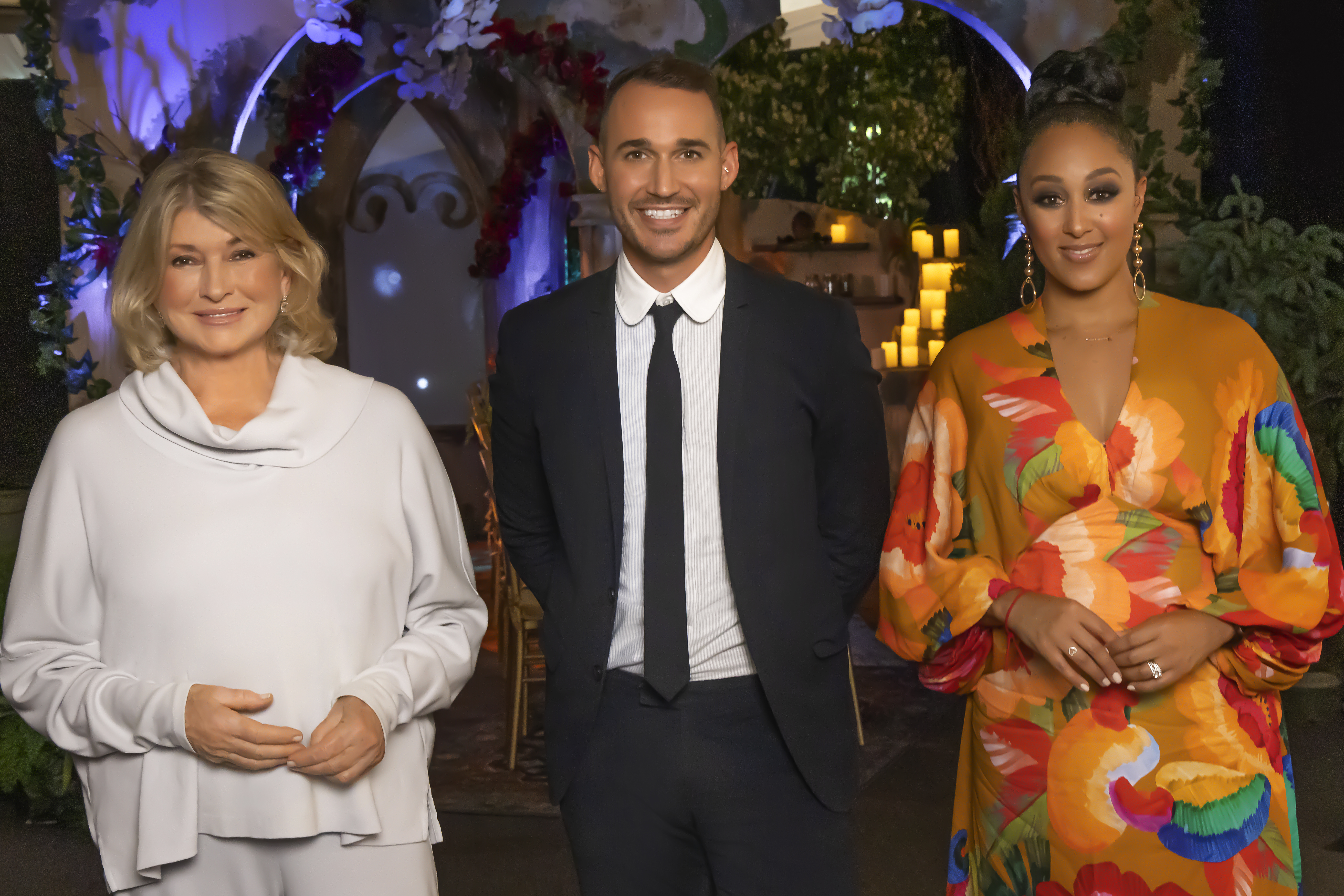 'Table Wars' judges and host Martha Stewart, Chris Hessney and Tamera Mowry-Housley